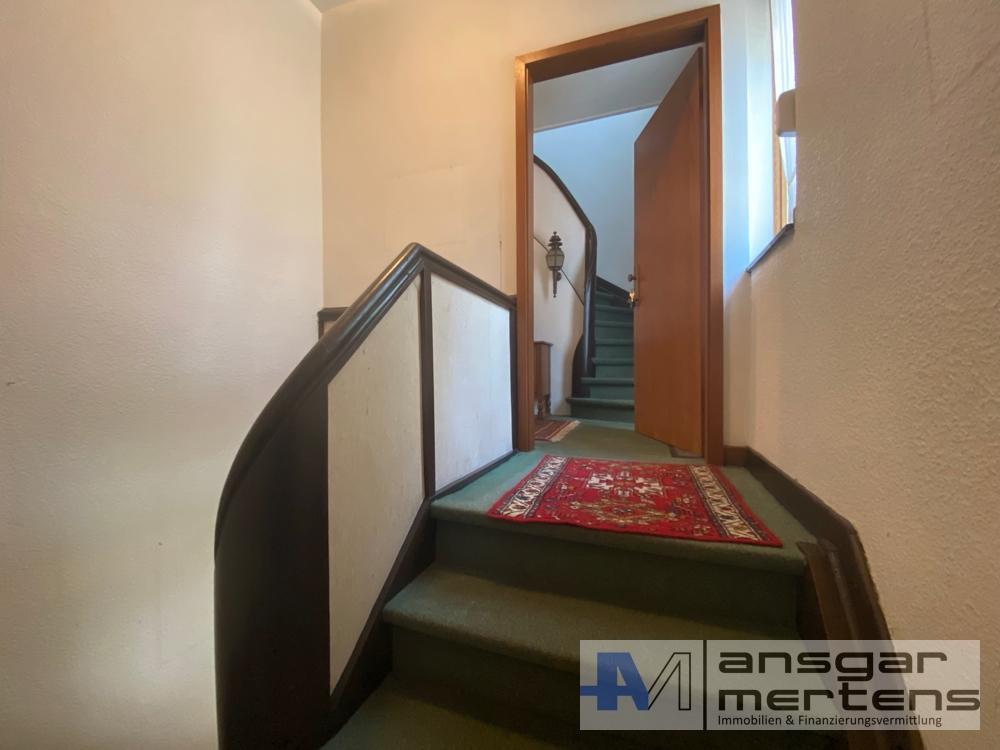 Aufgang 1. Obergeschoss