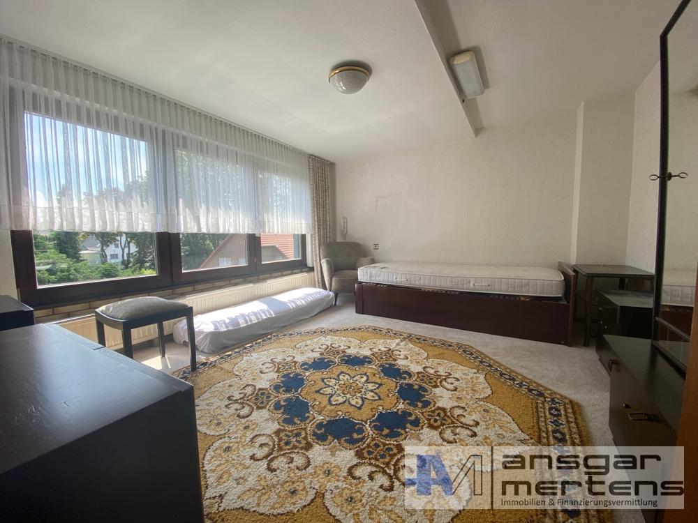 Zimmer I Mansardenwohnung