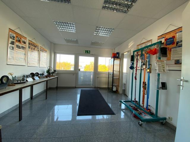 2. Eingang Fahrschule